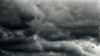 Thunderstorm_shutterstock_552298102